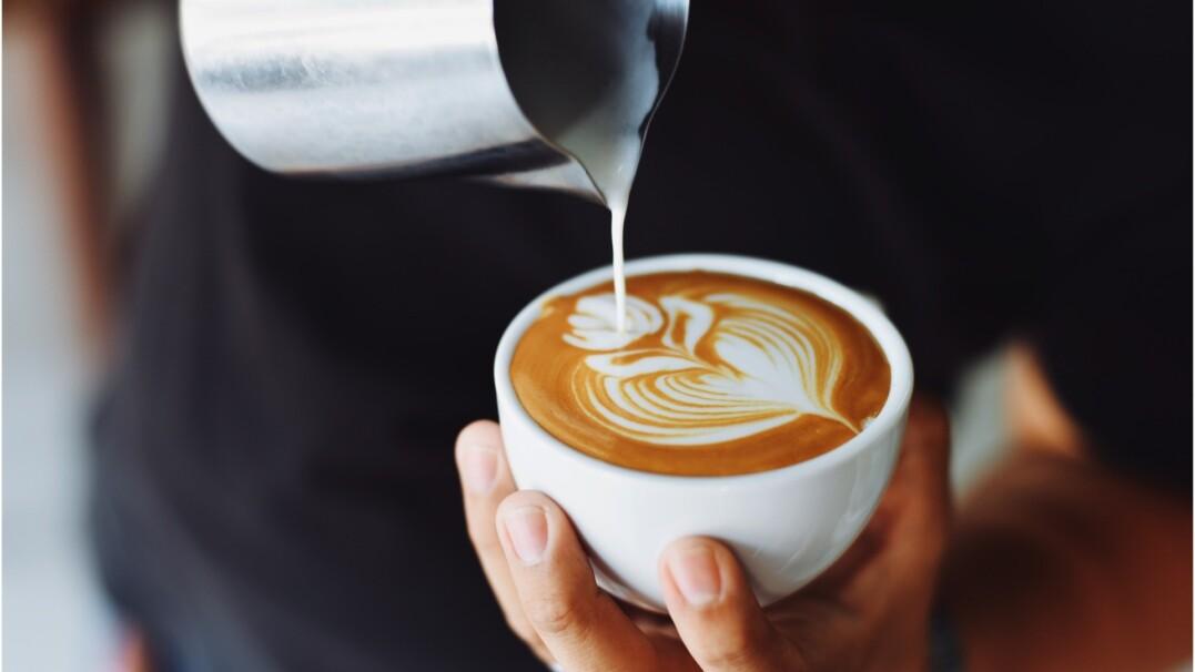 Ile kawy pije Polak w ciągu roku? Jesteśmy daleko w rankingu