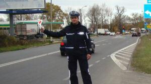 Policjanci na niebezpiecznych skrzyżowaniach