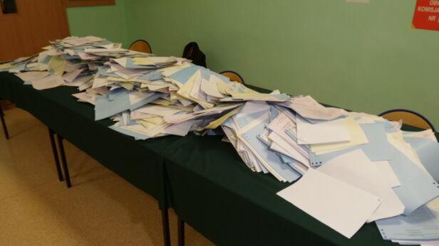Nie mogą znaleźć 164 kart do głosowania tvnwarszawa.pl