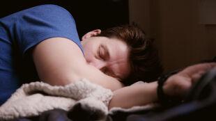 To, jak długo śpimy, może mieć wpływ na nasilanie objawów astmy