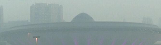 Polskie drogi spowiła mgła. Widzialność ograniczona do 200 m